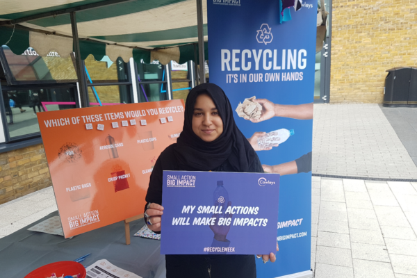 Hertfordshire students shun single-use plastic